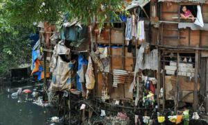 MDG--Poverty--a-slum-area-007